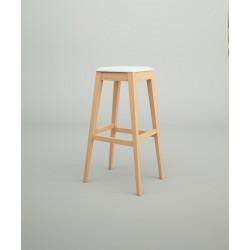 Taburete de madera tapizado modelo Fazio