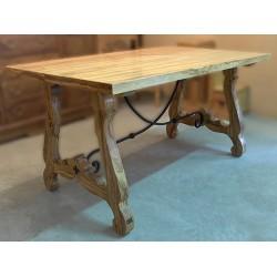 Mesa rectangular con forja en madera de olivo Otavio