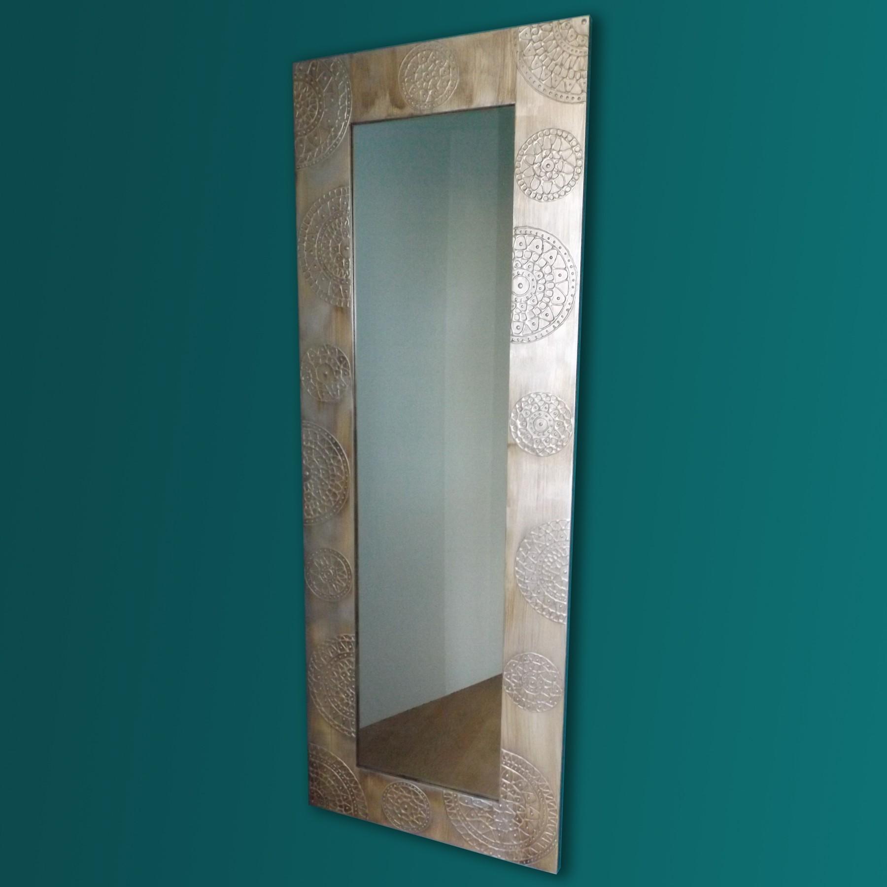 Espejo artesanal de suelo hecho a mano modelo uyuni for Espejos de suelo