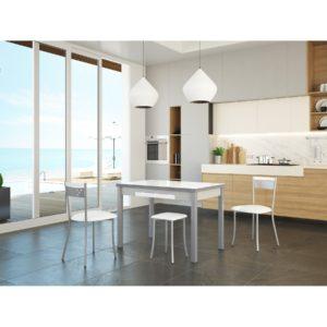 desinfectar y limpiar los muebles de cocina